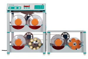 CELLROLL system with roller bottles for optimal cell cultivation